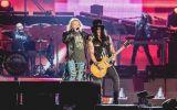 Guns N' Roses faz show de 3h