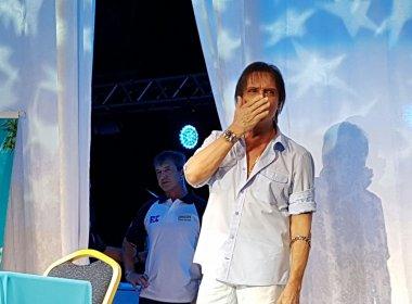 Roberto Carlos volta a compor com Erasmo e projeta álbum com inéditas