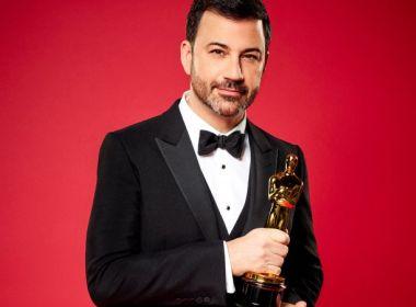 'Abrirei o envelope correto': Kimmel brinca ao agradecer novo convite para apresentar Oscar