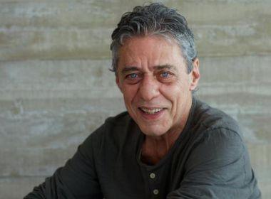 Chico Buarque lançará novo disco com inéditas em agosto