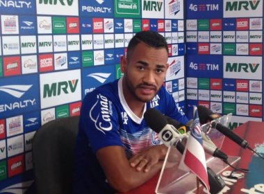 Jackson celebra triunfo sobre o Joinville e volta de Hernane: 'Importantíssimo'