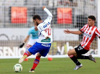 Com gol contra de Tinga, Bahia perde para o Estudiantes na Florida Cup