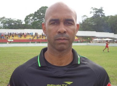 Johnn Herbert Alves Bispo apita duelo entre Bahia e Juazeirense