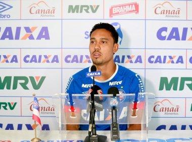 Edigar Junio celebra gol marcado e prega dedicação para voltar a ser titular