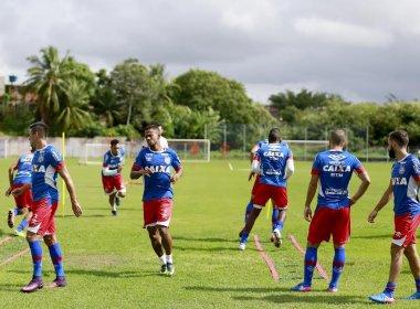De olho no Ba-Vi, parte do elenco do Bahia treina no Fazendão