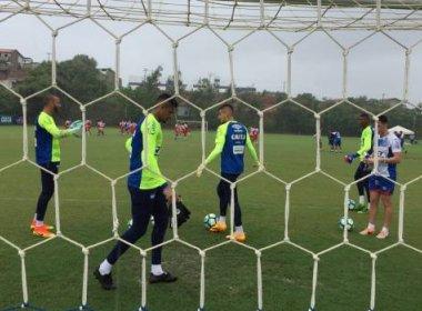 Debaixo de chuva, Bahia faz último treino antes do duelo contra o Botafogo