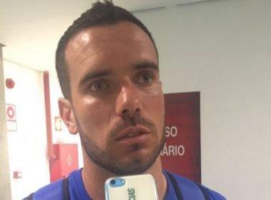 Lucas Fonseca faz elogios a Titi: 'Se vier, vai agregar muito'