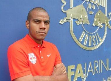 Bahia oficializa contratação do lateral-direito Régis