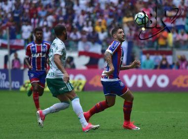 Bahia joga mal, sofre com pênalti inexistente e perde para o Palmeiras