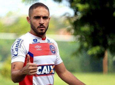 Técnico do Bahia comenta retorno de Régis após lesão: 'Se sentiu bem'