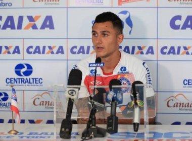 Vinícius mira Bahia longe da zona: 'Tem que estar brigando lá em cima'