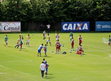 Preto Casagrande testa formação do Bahia para enfrentar o Atlético-PR