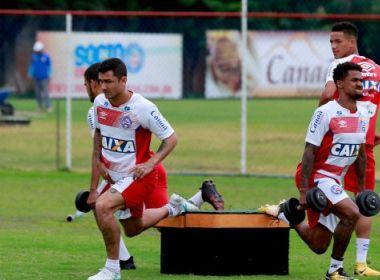 Com Preto efetivado, elenco do Bahia realiza treino físico-técnico
