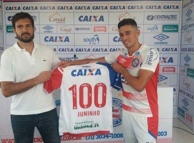 À beira do centésimo jogo pelo Bahia, Juninho é homenageado no Fazendão