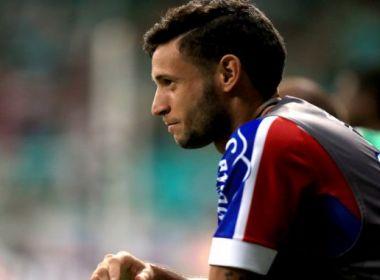 Bahia pede ao Corinthians três atletas e uma quantia por Juninho Capixaba, diz site