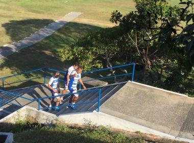 Novo auxiliar técnico do Bahia, Cláudio Prates é visto no Fazendão
