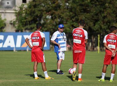Jogadores do Bahia alternam entre exames cargiológicos e treino no Fazendão