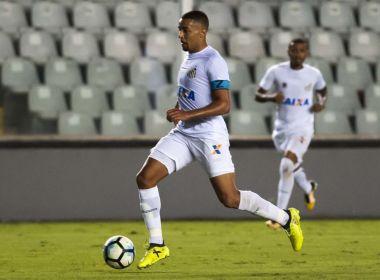 Bahia negocia a contratação do volante Gregore, destaque do Santos B