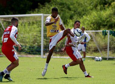 Técnico do Bahia volta a fazer testes em treino tático no Fazendão