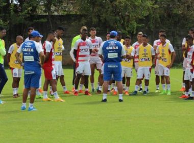 Em treino matinal, Bahia reforça a parte tática no Fazendão