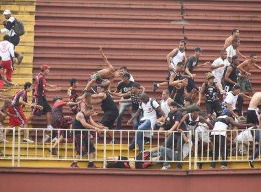 Vasco entra com recurso no STJD para conseguir pontos de jogo contra Atlético-PR
