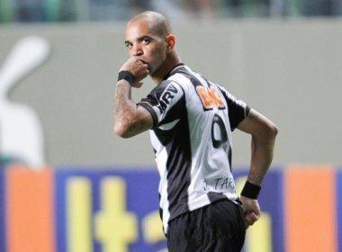 Tardelli confia no fico de Ronaldinho e quer base para Libertadores