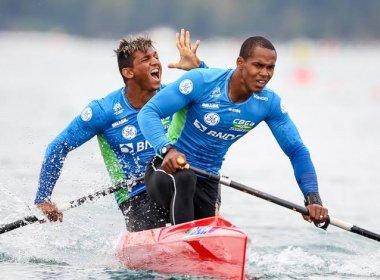 Isaquias Queiroz e Erlon Souza vencem bateria e avançam para a final da C2 1000m