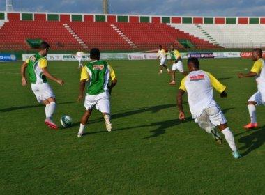 Betinho tem dúvidas para escalar Flu de Feira contra o Volta Redonda