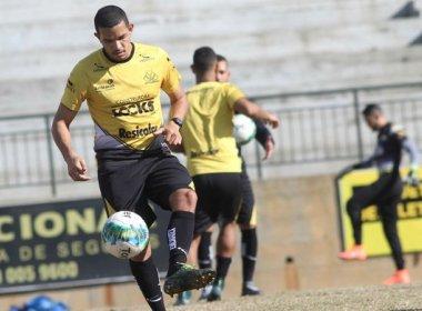 Recuperados, atacante e volante do Criciúma são relacionados para duelo contra o Bahia