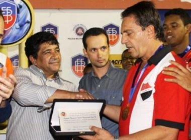Em grave crise, Fla de Guanambi pode ficar sem presidente, trocar o nome e mudar de cidade