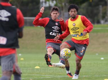 Para melhorar retrospecto fora de casa, Atlético-PR foca nos treinos contra o Vitória