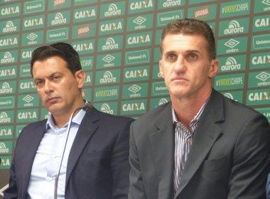 Apresentado na Chapecoense, Mancini fala em dar continuidade ao trabalho do 'amigo' Caio Jr.