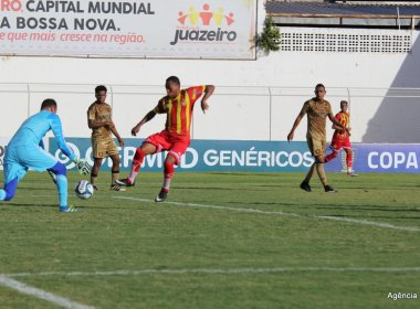 No apagar das luzes, Juazeirense perde para o Sport no Adauto Moraes