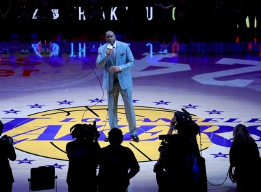 Ídolo do basquete, Magic Johnson é efetivado como presidente do Los Angeles Lakers