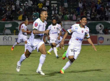 Autor do gol do empate do Flu de Feira com o Bahia, Rogério exalta elenco