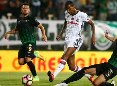Jornal português diz que Talisca pode ser reforço do Manchester United