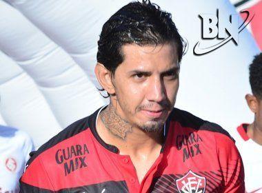 Diretor da Chapecoense confirma conversas avançadas com Victor Ramos: 'Muito próximo'