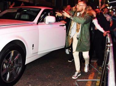 Conor McGregor pode ser processado por subir em carro alugado que custa R$ 800 mil
