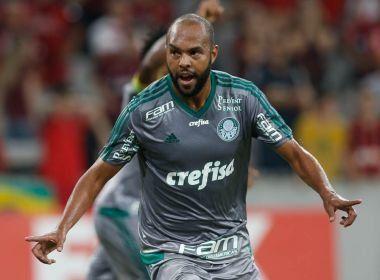 Coritiba anuncia a contratação do atacante Alecsandro