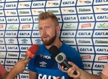 'Vamos pensar jogo a jogo', diz zagueiro do Avaí sobre o Brasileirão