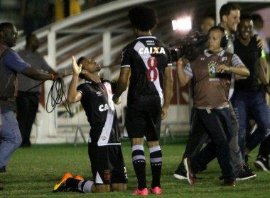 Autor do gol da vitória sobre o Fluminense, Nenê agradece carinho da torcida