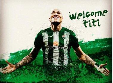 Cobiçado pelo Bahia, Titi celebra acerto com o Bursaspor: 'Vou me esforçar ao máximo'