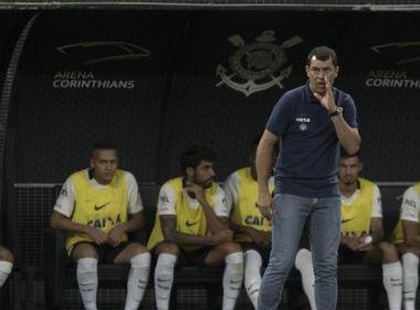 Time misto do Corinthians vence na Sul-americana e agrada Fábio Carille