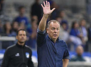 Gol no fim classifica o Cruzeiro e Mano vibra: ''Nessa hora vai do coração mesmo'