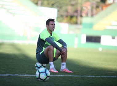 Chapecoense confirma participação de Alan Ruschel em amistoso contra o Barcelona
