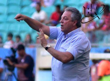 Após tragédia com filho, Abel Braga volta a comandar treino e é aplaudido por atletas