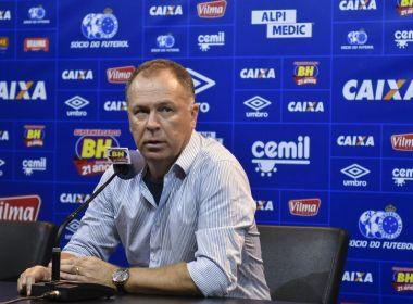 Após vitória do Cruzeiro, Mano Menezes avisa que vai poupar titulares contra o Bahia
