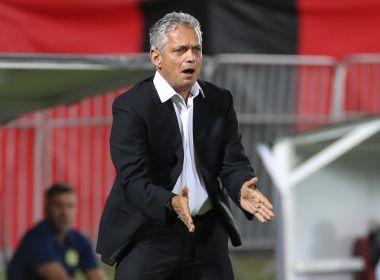 Técnico do Flamengo pede para atletas não perderem o foco após classificação