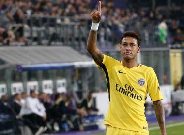 'Aprendo com os melhores sempre', diz Neymar após gol de falta igual ao de Ronaldinho