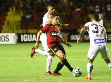 Após empate com o Sport, torcida do Santos picha muros da Vila Belmiro